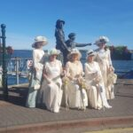 Cobh-_-Annie-More-Statue-and-local-ladies-